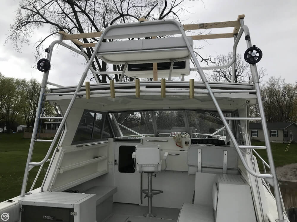 2000 Penn Yan boat for sale, model of the boat is 305 Rampage & Image # 2 of 40