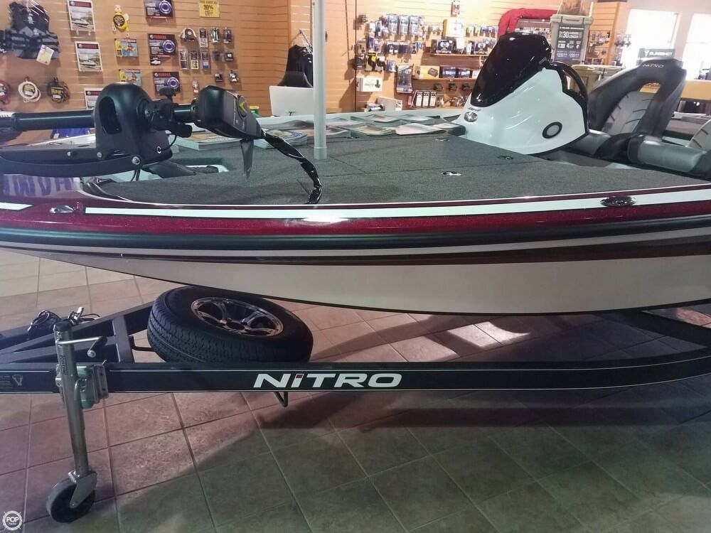 2017 Nitro boat for sale, model of the boat is Z18 & Image # 2 of 12