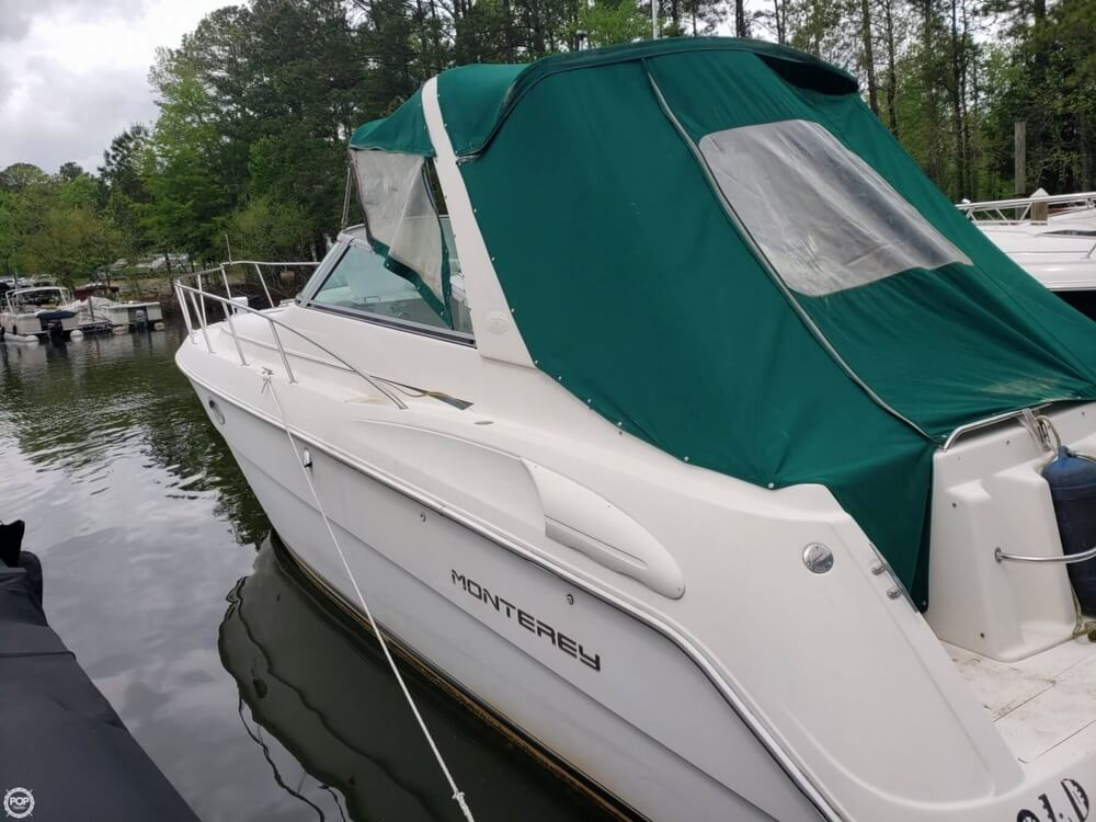 1998 Monterey boat for sale, model of the boat is 322 CR & Image # 26 of 40