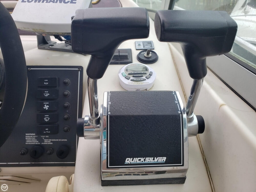 1998 Monterey boat for sale, model of the boat is 322 CR & Image # 20 of 40