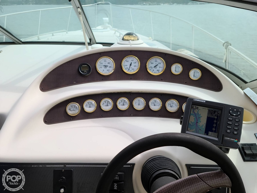 1998 Monterey boat for sale, model of the boat is 322 CR & Image # 4 of 40
