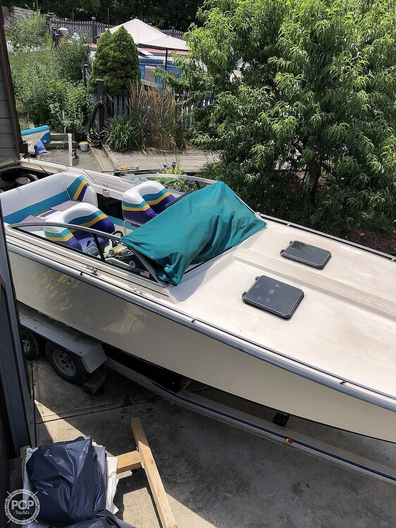 1984 Formula boat for sale, model of the boat is 302-SR1 & Image # 15 of 40