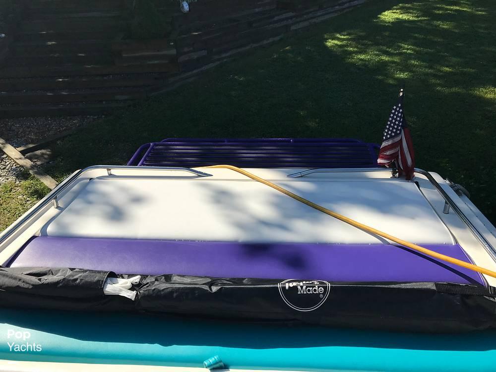 1984 Formula boat for sale, model of the boat is 302-SR1 & Image # 37 of 40