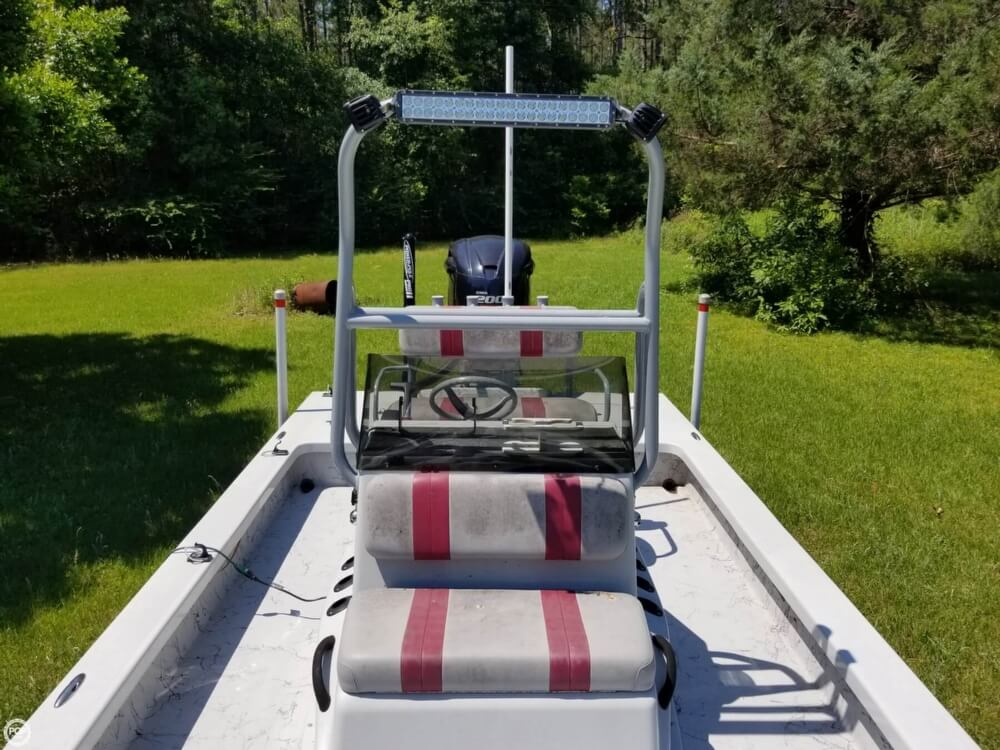 2015 Majek boat for sale, model of the boat is 25 Illusion & Image # 7 of 40