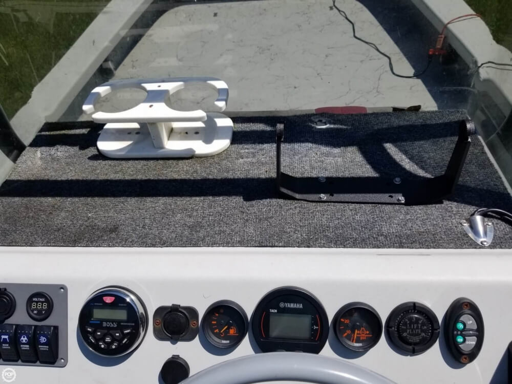 2015 Majek boat for sale, model of the boat is 25 Illusion & Image # 23 of 40