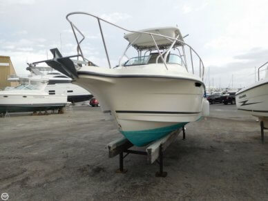 Trophy 2302, 23', for sale - $17,000