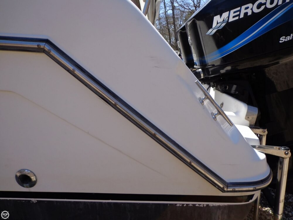 2000 Robalo boat for sale, model of the boat is 2440 & Image # 29 of 40