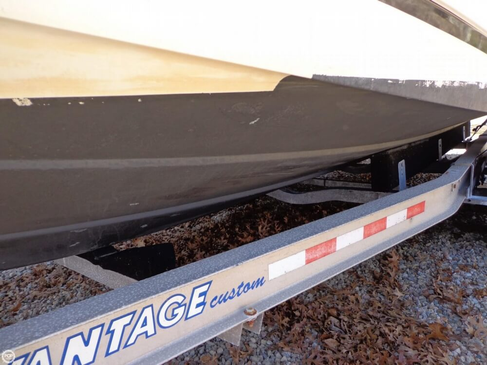 2000 Robalo boat for sale, model of the boat is 2440 & Image # 32 of 40