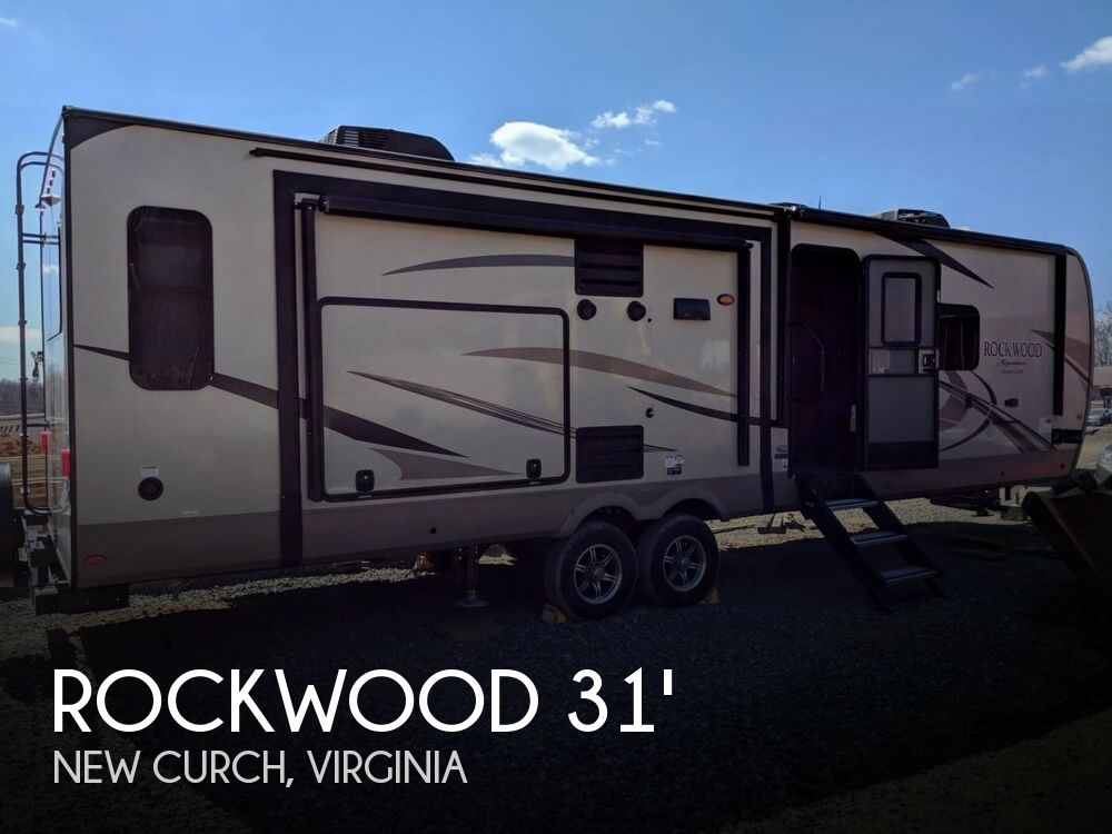 2019 Forest River Rockwood 8328BS Signature Ultra Lite