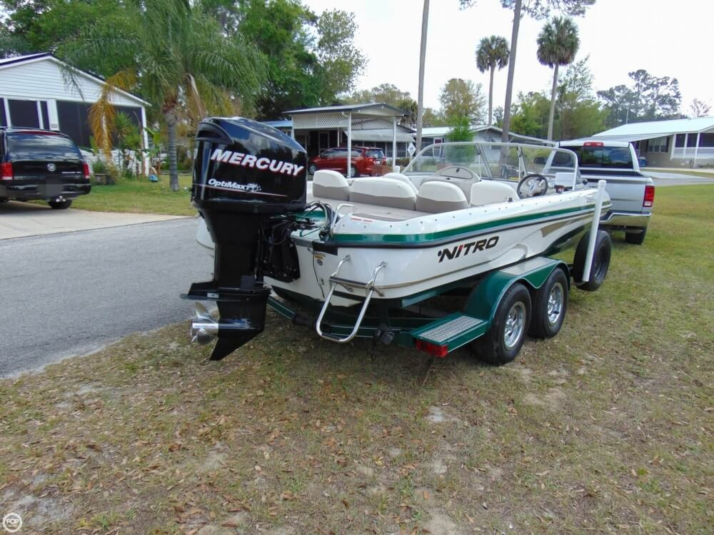 2008 Nitro boat for sale, model of the boat is 288 Sport & Image # 10 of 40