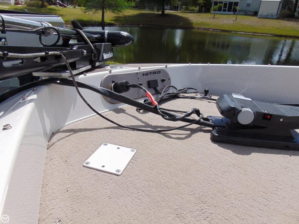 2008 Nitro boat for sale, model of the boat is 288 Sport & Image # 39 of 40