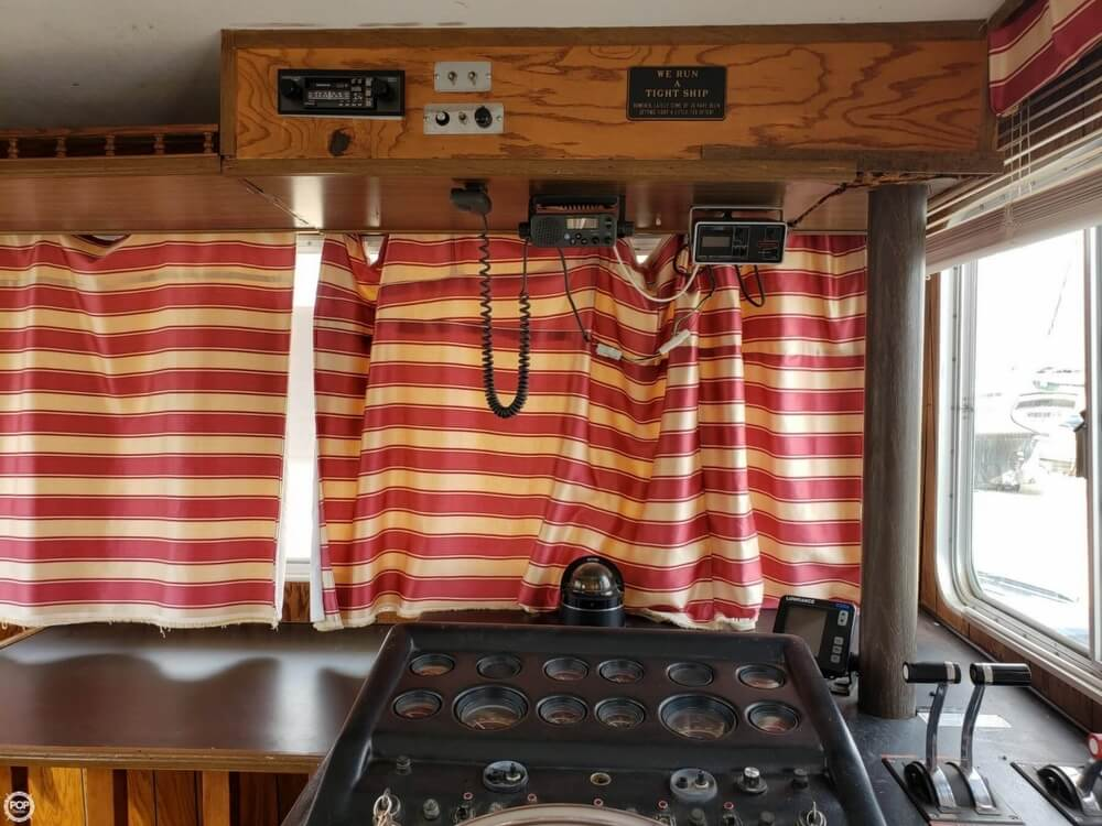 1983 Holiday Mansion boat for sale, model of the boat is 39 Jumbo Barracuda & Image # 26 of 40