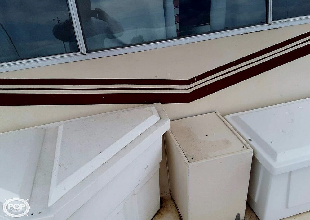 1983 Holiday Mansion boat for sale, model of the boat is 39 Jumbo Barracuda & Image # 38 of 40