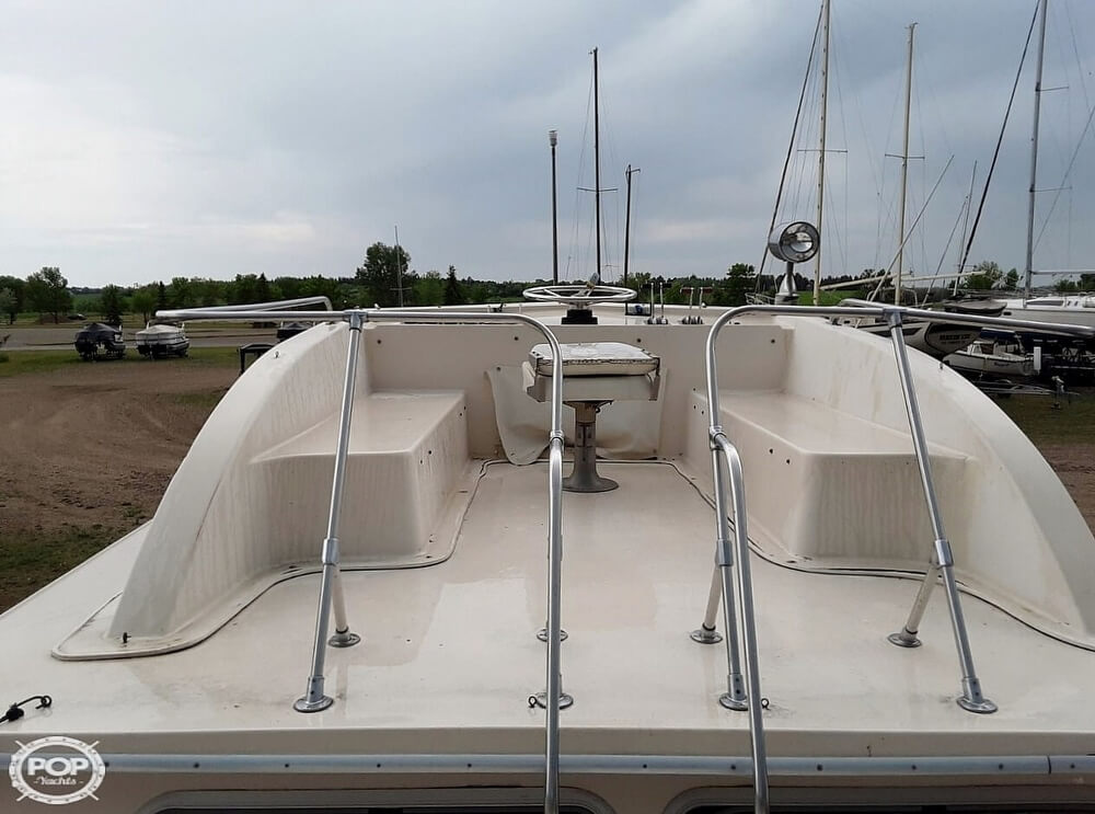 1983 Holiday Mansion boat for sale, model of the boat is 39 Jumbo Barracuda & Image # 9 of 40