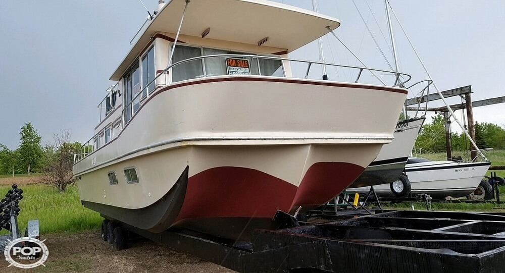 1983 Holiday Mansion boat for sale, model of the boat is 39 Jumbo Barracuda & Image # 6 of 40