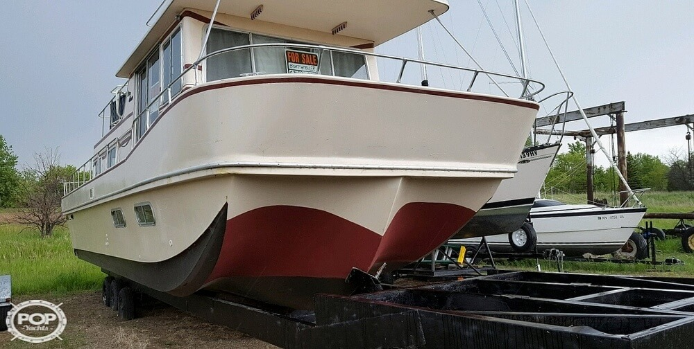 1983 Holiday Mansion boat for sale, model of the boat is 39 Jumbo Barracuda & Image # 7 of 40