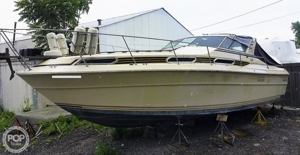 1980 Sea Ray boat for sale, model of the boat is SRV 360 Express Cruiser & Image # 5 of 41