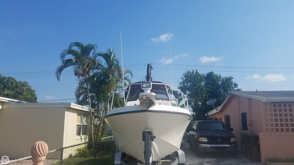 1985 Mako boat for sale, model of the boat is 238 & Image # 4 of 41