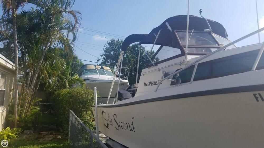 1985 Mako boat for sale, model of the boat is 238 & Image # 5 of 41