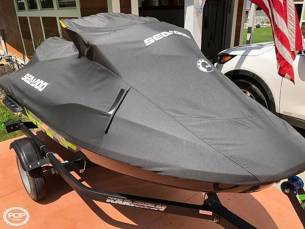 2017 Sea Doo PWC boat for sale, model of the boat is 230 Wake Pro & Image # 3 of 12