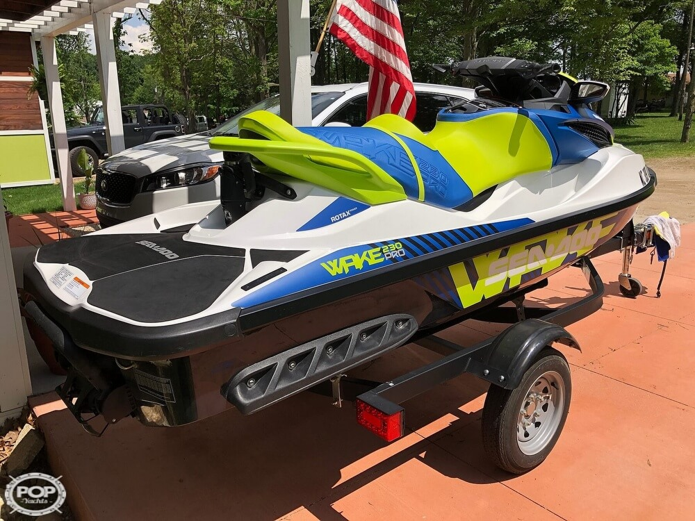 2017 Sea Doo PWC boat for sale, model of the boat is 230 Wake Pro & Image # 2 of 12