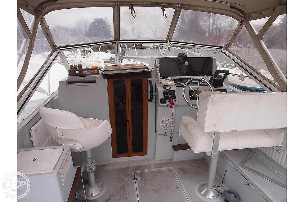 1988 Black Watch boat for sale, model of the boat is 26 & Image # 19 of 40