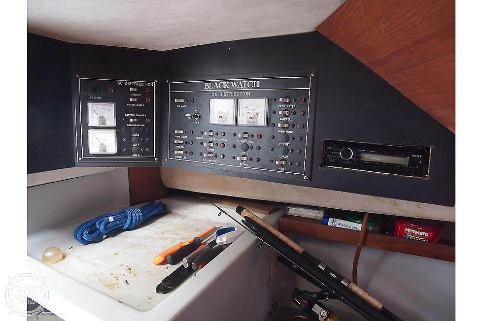 1988 Black Watch boat for sale, model of the boat is 26 & Image # 7 of 40