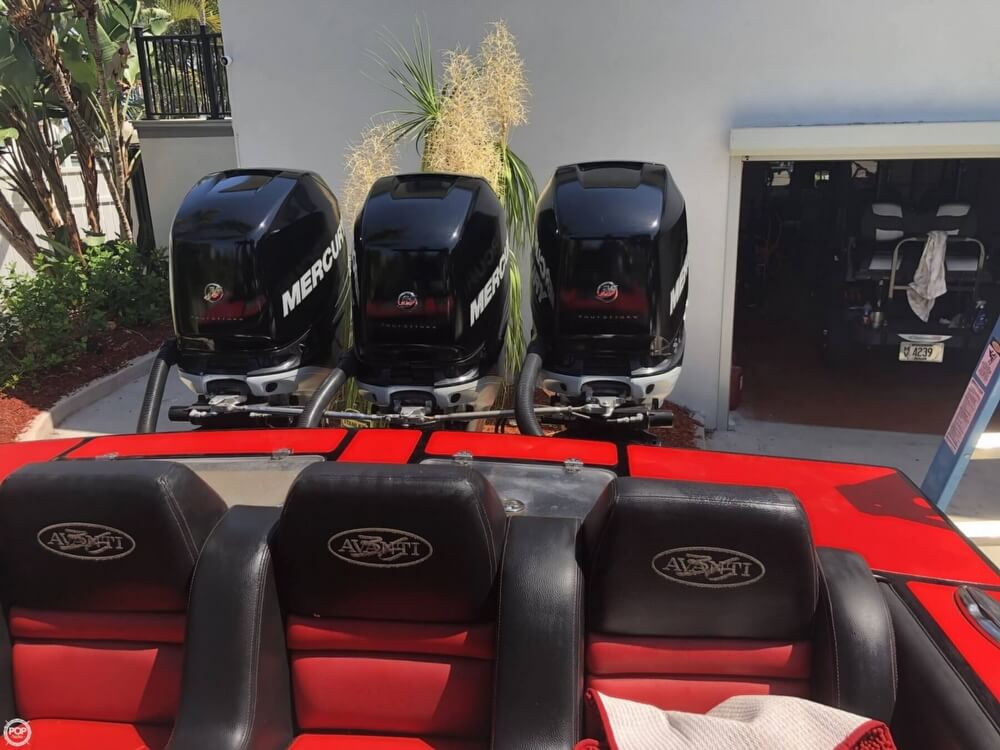 2012 Avanti boat for sale, model of the boat is 36 CC & Image # 4 of 41