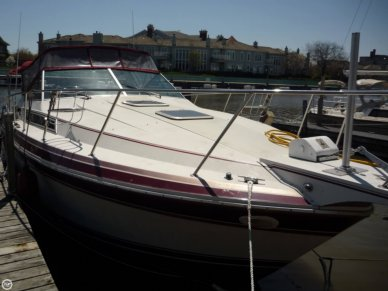 Wellcraft 3200 St. Tropez, 31', for sale - $15,900