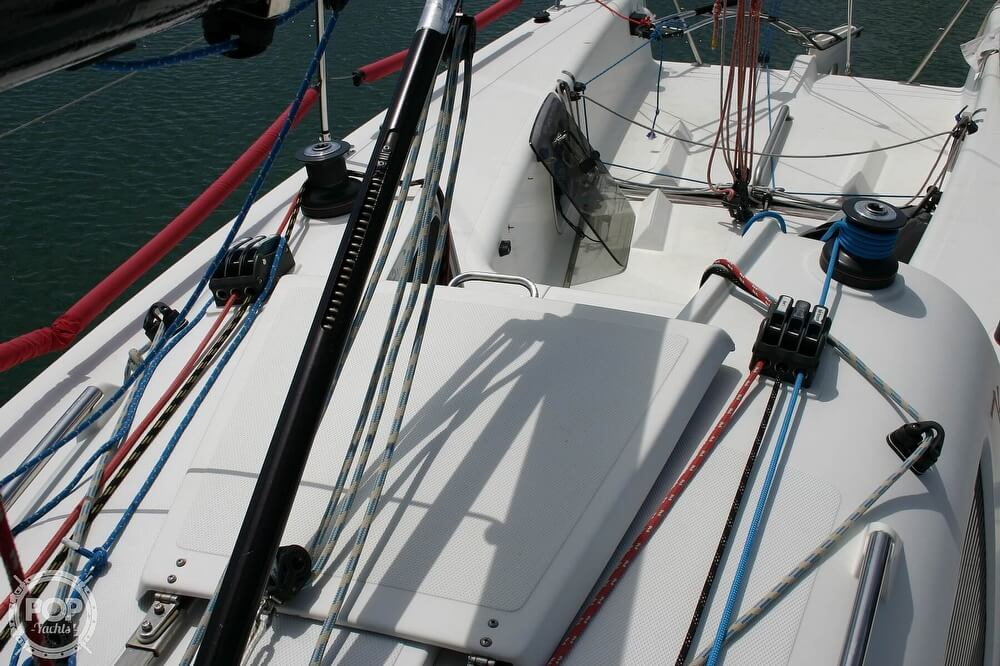 2007 Flying Tiger boat for sale, model of the boat is FT 10M & Image # 25 of 40