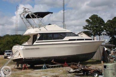 Mainship 35 Mediterranean, 35', for sale - $9,500