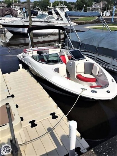 Sea Ray 195 Sport, 20', for sale - $18,250