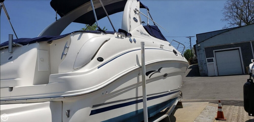 2004 Sea Ray boat for sale, model of the boat is 280 Sundancer & Image # 5 of 40