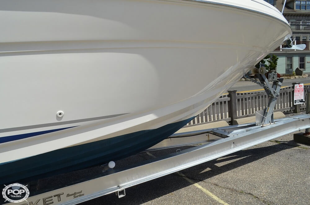 2004 Sea Ray boat for sale, model of the boat is 280 Sundancer & Image # 13 of 40