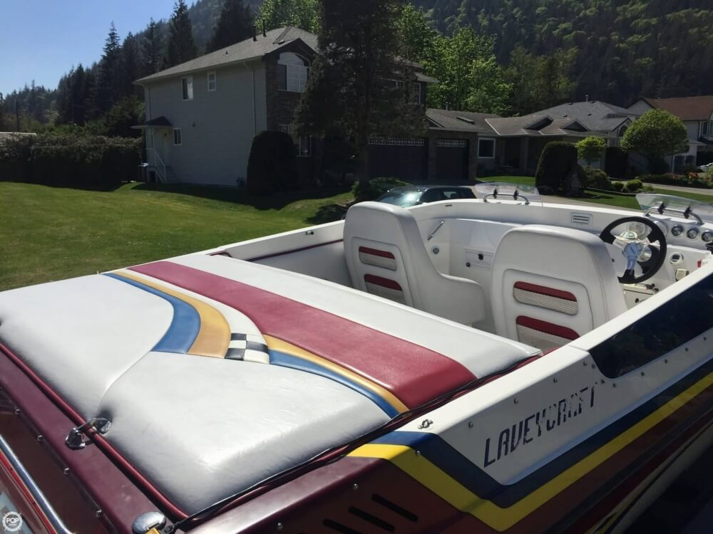 2005 Lavey Craft boat for sale, model of the boat is 26 NuEra & Image # 6 of 40