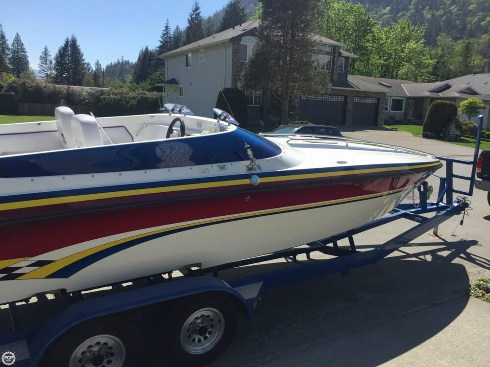 2005 Lavey Craft boat for sale, model of the boat is 26 NuEra & Image # 14 of 40