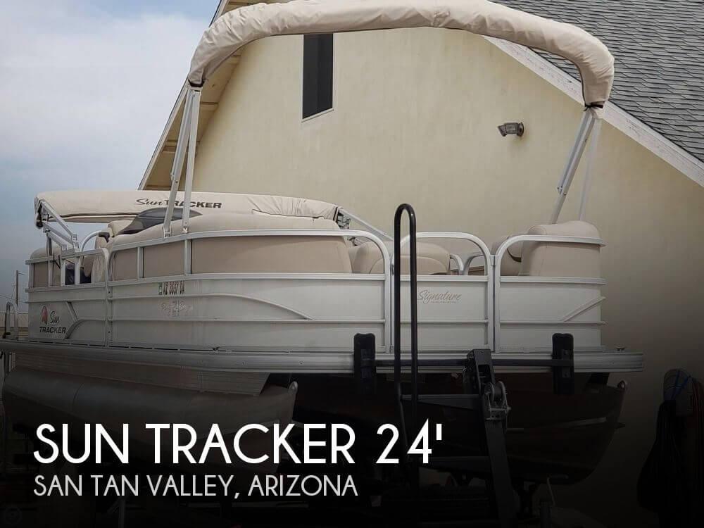 2016 Sun Tracker 24