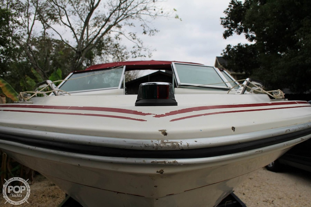 1989 Sea Ray boat for sale, model of the boat is 200 Bowrider & Image # 4 of 40