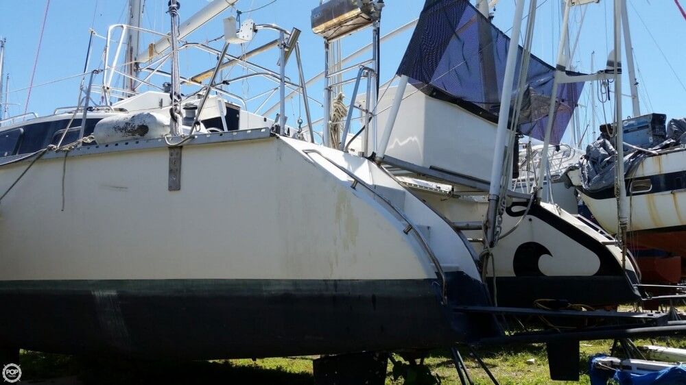 1993 PDQ Yachts boat for sale, model of the boat is 36 Capella & Image # 28 of 40