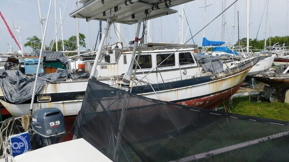 1993 PDQ Yachts boat for sale, model of the boat is 36 Capella & Image # 32 of 40