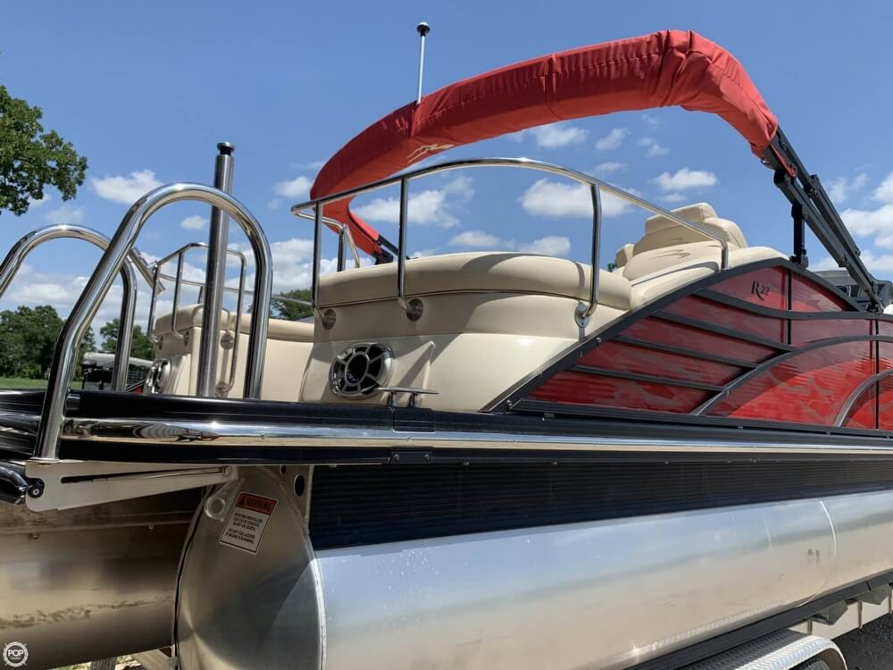 2015 Bennington boat for sale, model of the boat is 2275 RCW & Image # 9 of 41