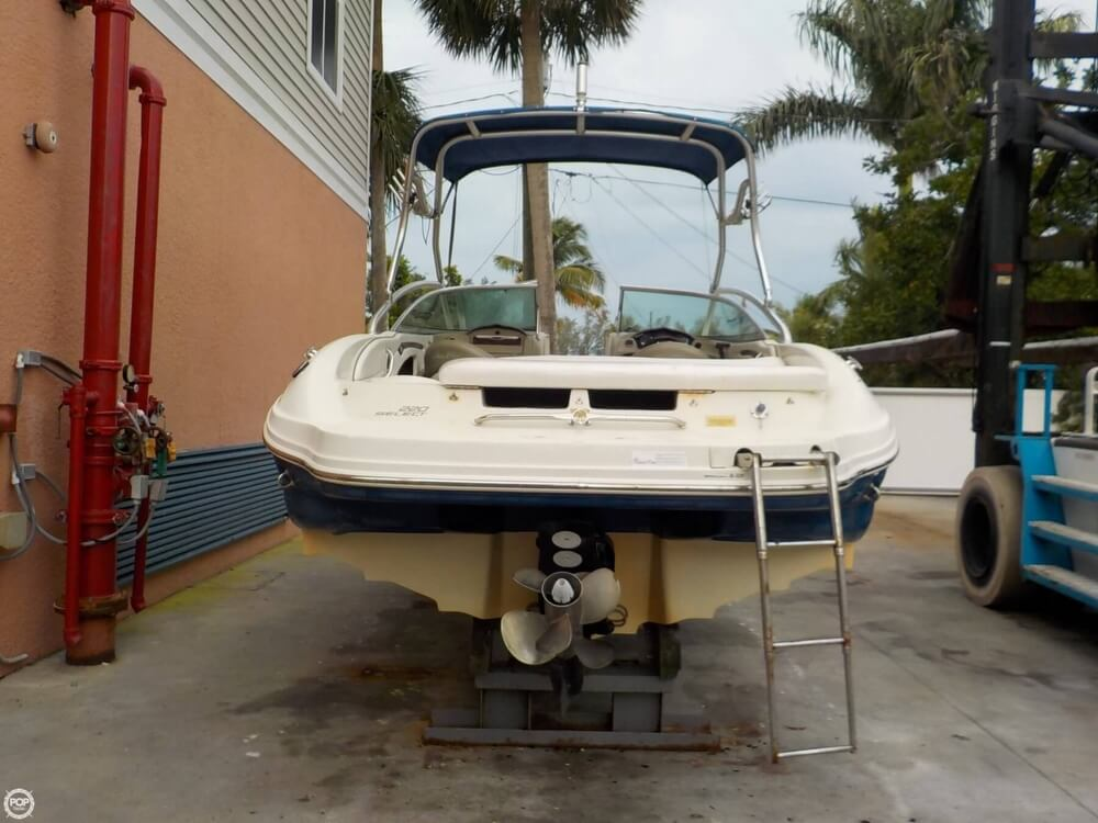 2006 Sea Ray boat for sale, model of the boat is 220 Select & Image # 5 of 40