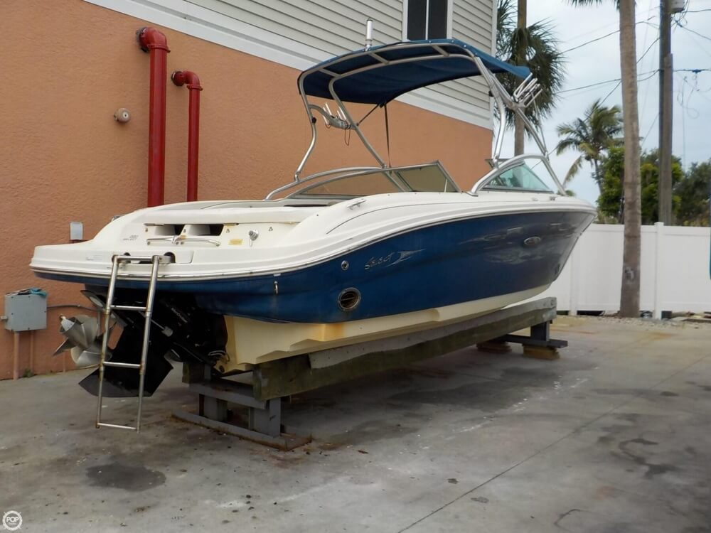 2006 Sea Ray boat for sale, model of the boat is 220 Select & Image # 6 of 40