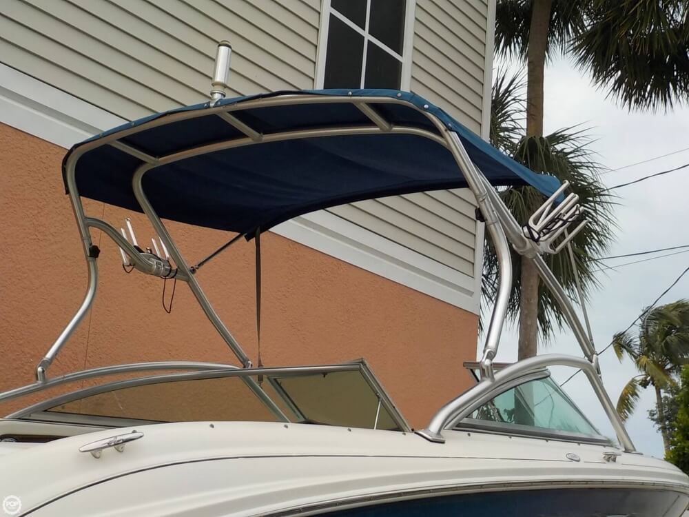 2006 Sea Ray boat for sale, model of the boat is 220 Select & Image # 7 of 40