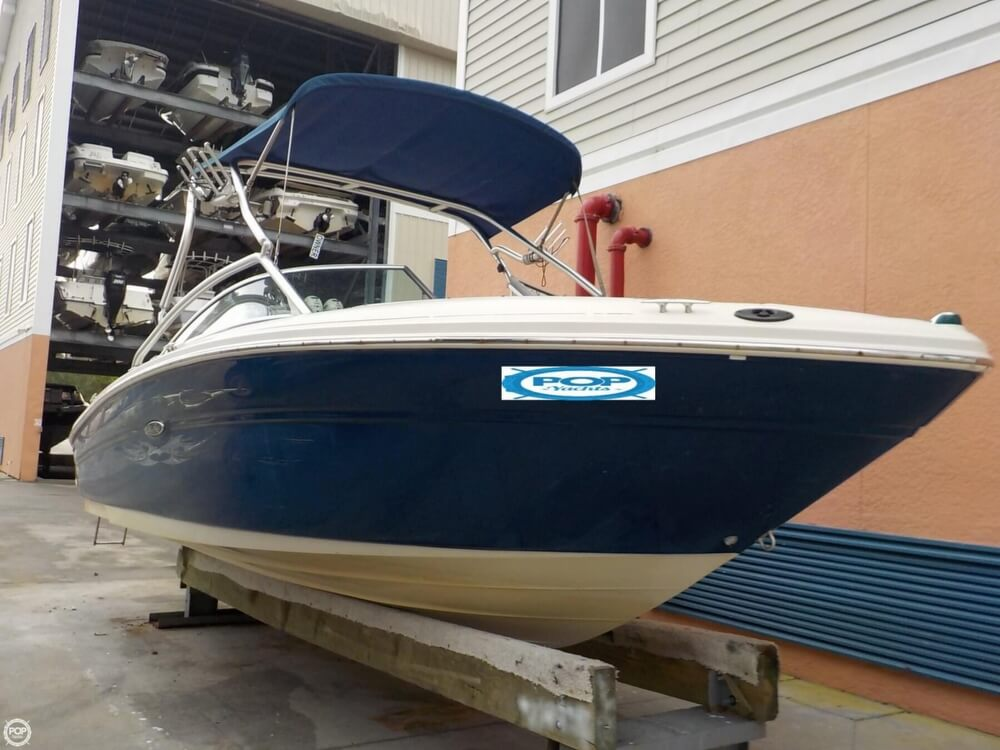 2006 Sea Ray boat for sale, model of the boat is 220 Select & Image # 14 of 40