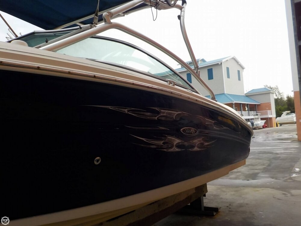 2006 Sea Ray boat for sale, model of the boat is 220 Select & Image # 17 of 40