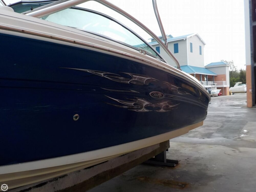 2006 Sea Ray boat for sale, model of the boat is 220 Select & Image # 18 of 40