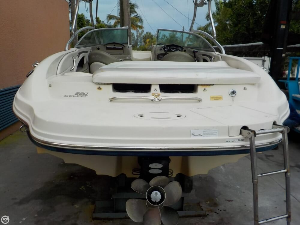 2006 Sea Ray boat for sale, model of the boat is 220 Select & Image # 29 of 40