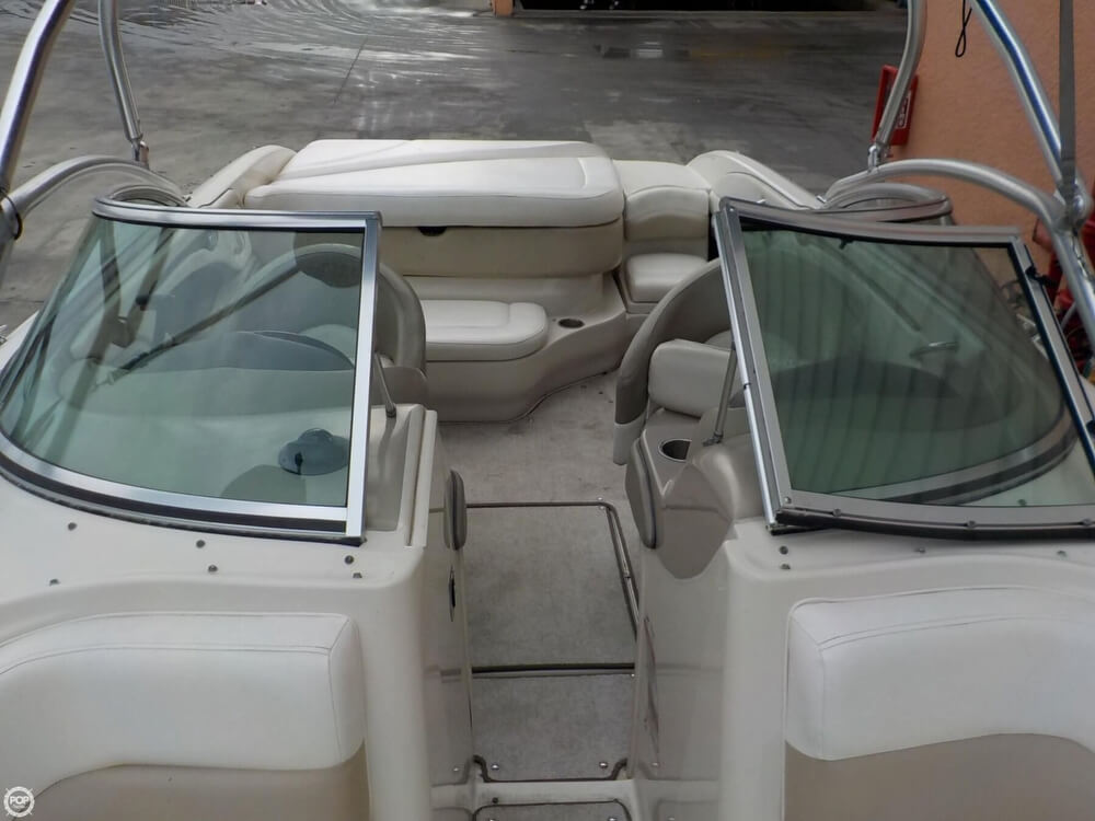 2006 Sea Ray boat for sale, model of the boat is 220 Select & Image # 33 of 40