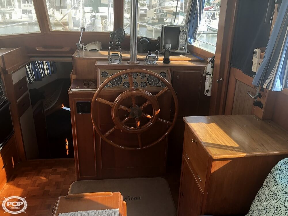 1989 Grand Banks boat for sale, model of the boat is 36 & Image # 5 of 40